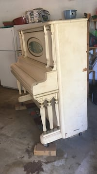 white wooden upright piano Waldorf, 20601