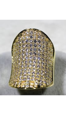 18k Gold Filled Huge Boat Style Ring with Multiple Clear CZ Size 7