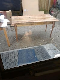 Handmade Table out of pacon cabin wood Winchester, 40391