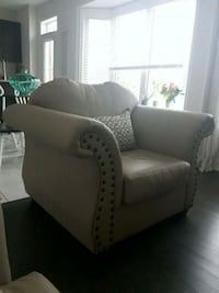 White and black fabric sofa chair Innisfil, L0L 1W0