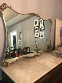 Antique Mirror null