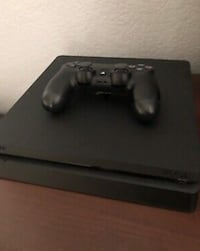 PS4 Console and controller  CHICAGO