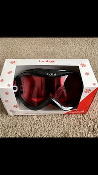 Youth Bolle' Snow goggles BRAND NEW!  Bought for a snow trip and forgot at home! New!!! Price firm! Hillsboro, 97124
