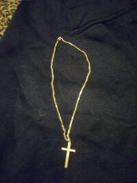 gold-colored cross pendant necklace Melbourne, 32935