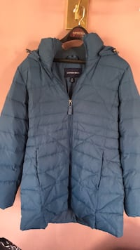 Slate blue jacket.... very warm....30 inches long Gettysburg, 17325