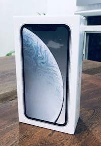 iPhone XR 128GB White Vaughan, L4K 2E1