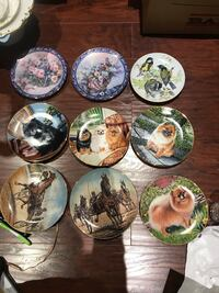 Vintage collectible plates , $10 each  506 km