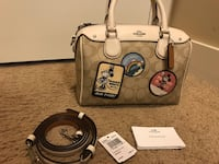 Excellent condition used handful of times Authentic Coach Disney Minnie handbag  Richmond, V6V 0B1
