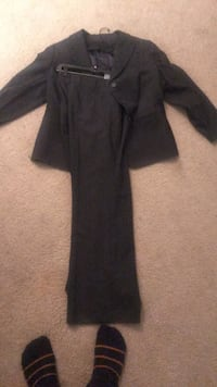 jacket and pants womens size 14 never worn 120 new with tags asking 60 Arlington, 22202
