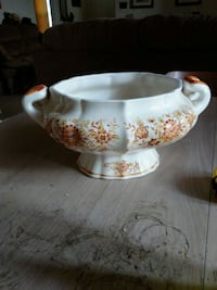 Tureen... Lid not available Monroe, 28110