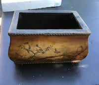 black and brown wooden box Barrie, L4M 6E5