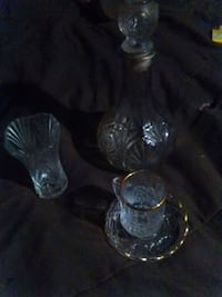 clear cut-glass decanter and drinking cups Phoenix, 85034
