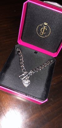 Silver-colored Juicy Couture chain necklace with box Plum, 15068