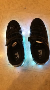 pair of black Nike low-top sneakers Palm Bay, 32909