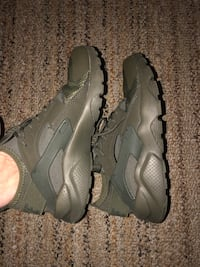 Nike Air Size 7 1/2 only worn once  Clearwater, 33765