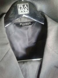 Brad new jos.A.banks suite never worn size  44r 39w Woodlawn, 21207
