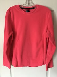 Dark pink/ fischia gap crew-neck sweatshirt. Ladies or teen girls.size gabXL. EUC Brampton, L6R 2S1