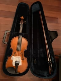 Romanian Violin, 2011 (never played) Appraised.