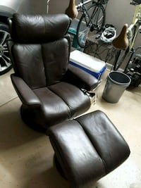 black leather recliner sofa chair Las Vegas, 89131