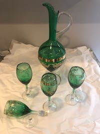 Green and Gold Pitcher and 4 Glasses District Heights, 20747