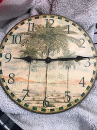Clock. Palm trees Lake Forest, 92630