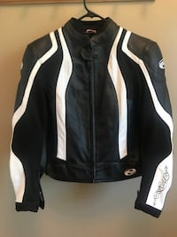 Ladies leather motorcycle jacket Whitby