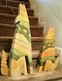 Carved Wooden Dogs North Miami, 33161