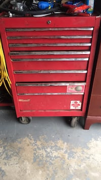 red tool chest Bowmanville, L1C