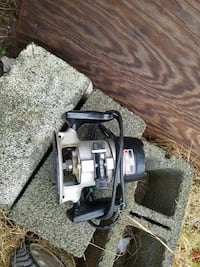 gray and black Craftsman corded wood router Clifton, 20124