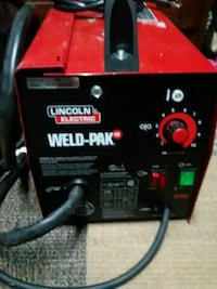 Lincoln wire fed welder  984 mi