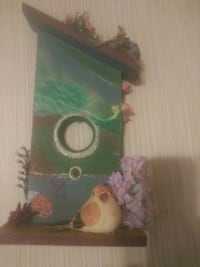 Decorative bird house.. hand crafted and painted.. Jackson, 39071