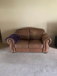 Loveseat and sofa brown leather  Southfield, 48034