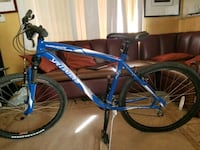 blue and white Specialized hardtail bike