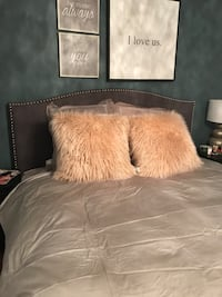 King size satin duvet cover with 2 king size pillow shams  Laval, H7X