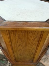 Marble end table Amarillo, 79118
