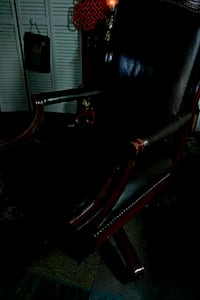 ONLY $35 MidCentury Mod Leather Executive Chair Fort Thomas