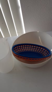 round blue and red plastic container Anaheim, 92808