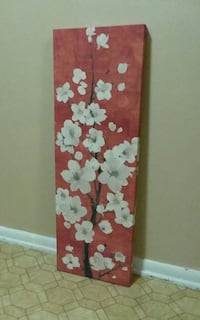 Tall/Canvas Wall Art (Excellent condition)