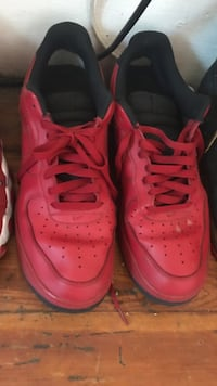 Red nikes air force Boston, 02121