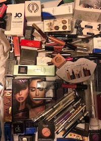 Make Up $5-$10 a pc Everything Must Go Mississauga, L5A 2A4
