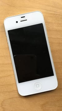 White iphone 4s - unlocked Newmarket, L3Y 2H9
