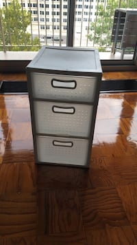 gray metal 3-drawer filing cabinet Washington, 20024