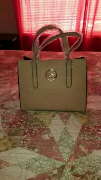 brown Michael Kors leather tote bag 52 km