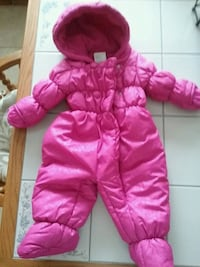 Snowsuit 6-9 months Fairfax, 22031