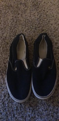 Pair of black slip-on shoes Las Vegas, 89115