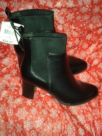 Brand New Ladies boots Size 6 Black Shakespeare