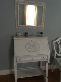 White wooden vanity desk  with mirror SEE MY OTHERS LISTINGS Methuen, 01844