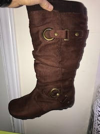 Ladys Spring Boots Size 8(Need Gone ASAP) Toronto, M1X 1T4