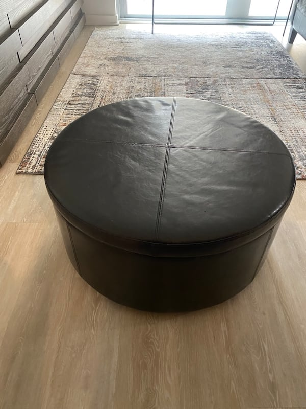 Leather Sofa and Chair, Picture Frames, Ottoman, Wall Decor 83961a86-d3ea-4d8c-b96d-f1f84b73e03f