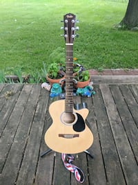 Guitar.  Fendet acc with on board pic up Minneapolis, 55431